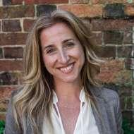 Dr Elisabeth Philipps